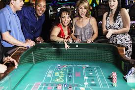 Become an experienced gambler in the online casinos to earn real money in the bets