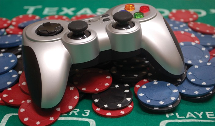What are casino gambling and the types of games?