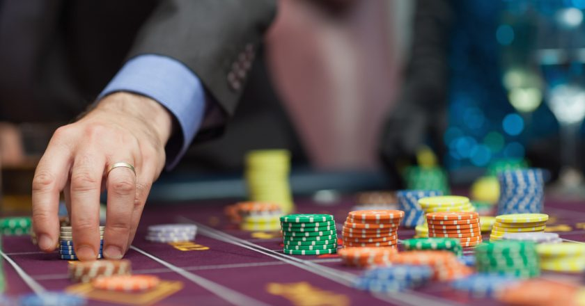 Important Things About Playing Casino Games Online
