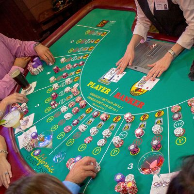 Learn playing poker online