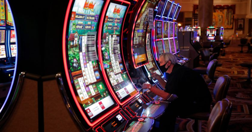 Factors to consider when choosing mobile casino application