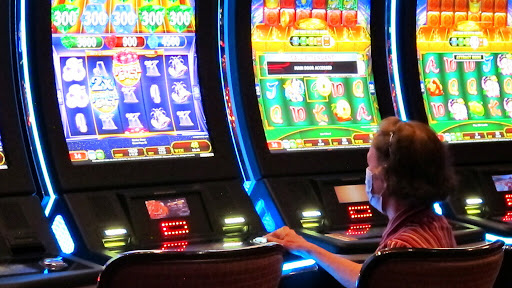 Enjoy your online games at direct web slots without any agents