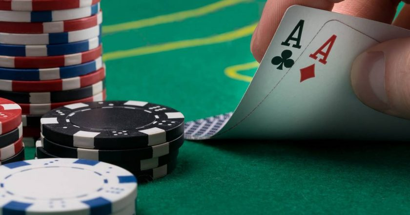 Obtaining great tips and tricks to play casinos better online