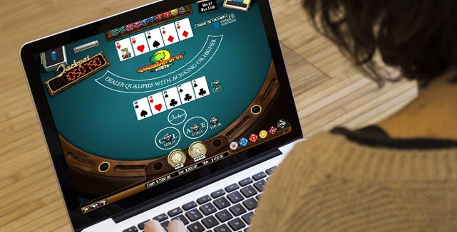 Online Casino –Entertain Their Players